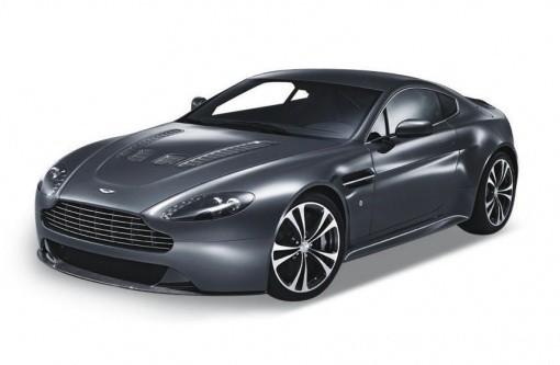 Mодель машины  1:24 Aston Martin V12 Vantage