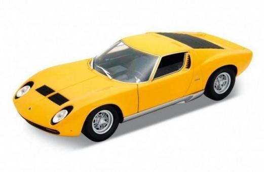 Vодель машины 1:18 Lamborghini Miura
