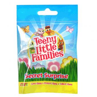 Фигурка Teeny Little Families с акссесуаром
