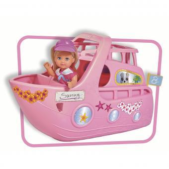 Кукла Еви на яхте