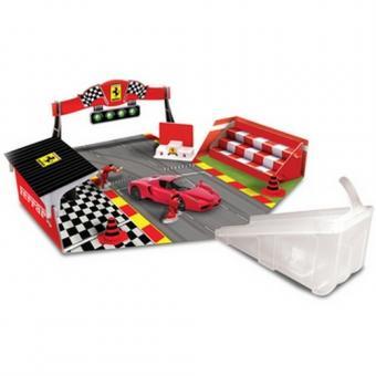 Ferrari Игровой набор + 1 машинка 1:43
