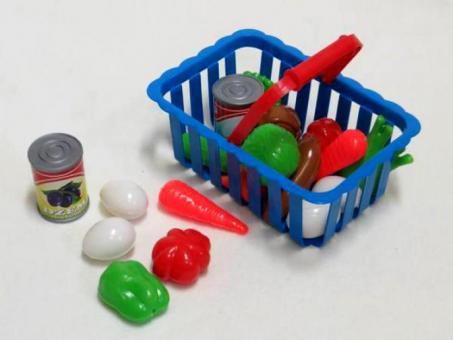 Набор фруктов в корзине