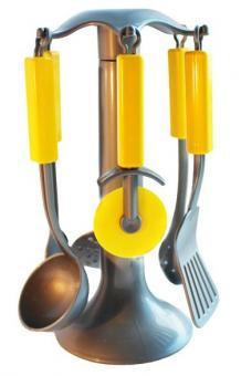 Кухонные приборы в сетке