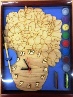 Часы с циферблатом под роспись Цветы красками